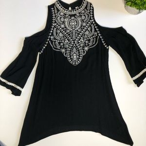 Xhilaration cold shoulder embroidered top